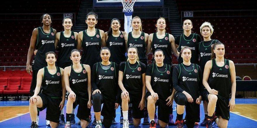 Kadın basketbolcular Avrupa Şampiyonası vizesini aldı