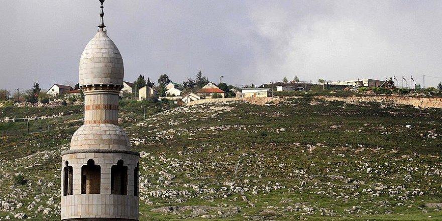 İsrail'den, hoparlörle ezan okuyan imam hatibe para cezası