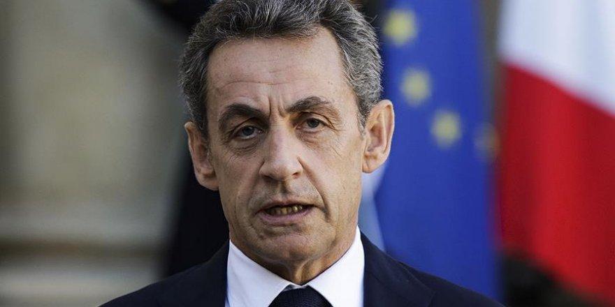 Sarkozy'den cumhurbaşkanlığı açıklaması