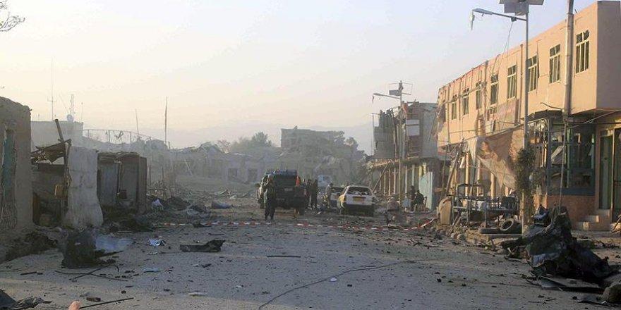 Camide bombalı saldırı! 27 ölü, 35 yaralı