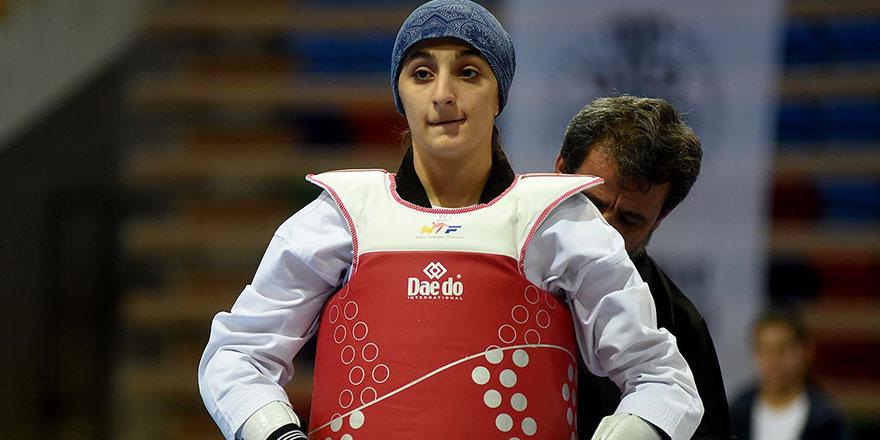 Ayşenur Özcan dünya üçüncüsü
