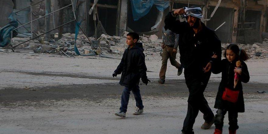 Suriye'de 1 milyona yakın kişi kuşatma altında