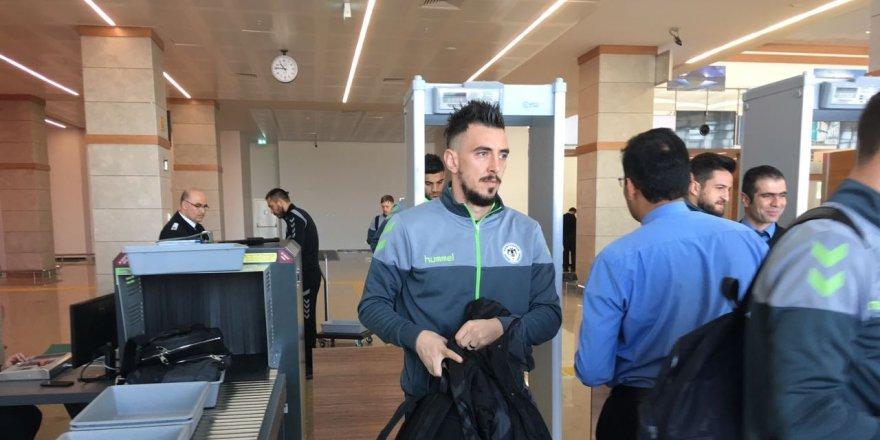 Konyaspor kafilesi Ukrayna'ya uçtu