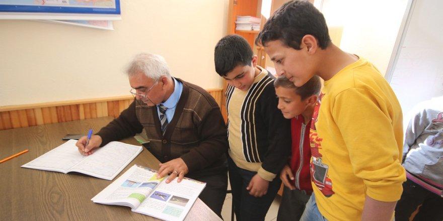 Suriye'de belediye başkanı, Konya'da ise öğretmen