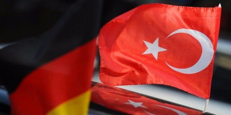 Almanya'dan Türkiye'ye PKK notası!