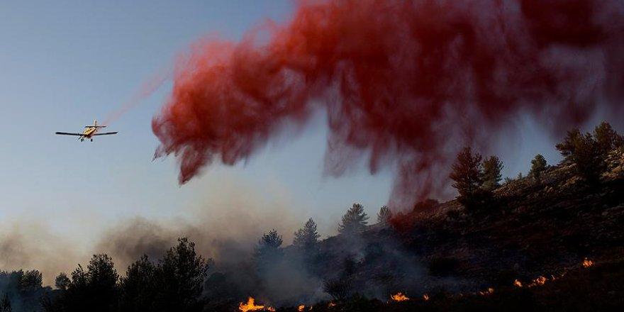 İsrail yangınlar nedeniyle 3 ülkeden yardım istedi