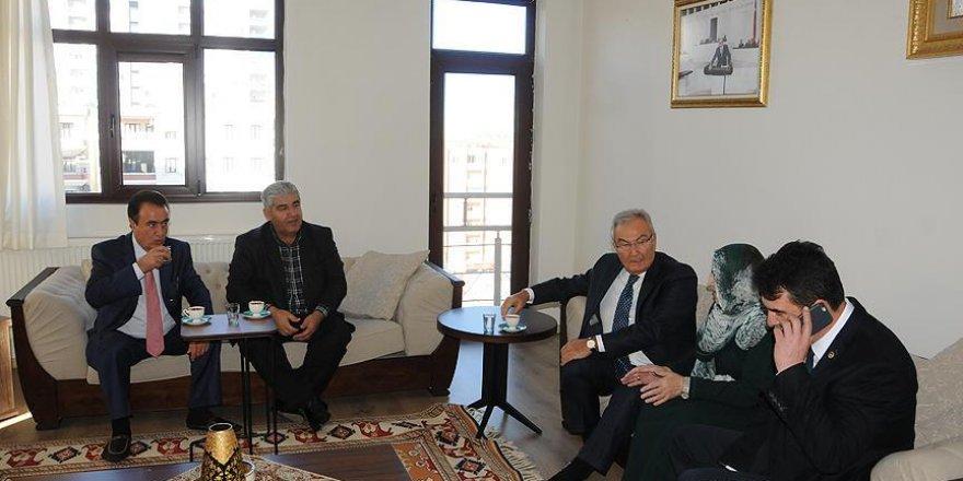 Deniz Baykal, Ahmet Türk'ün evini ziyaret etti