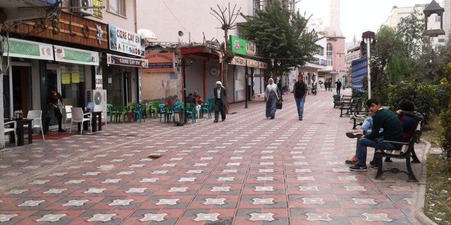Cizre Belediyesi Sanat Sokağı'nı yeniden düzenledi