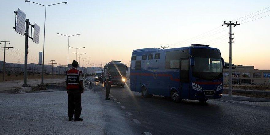 FETÖ tutukluları Edirne'den Tekirdağ'a nakledildi