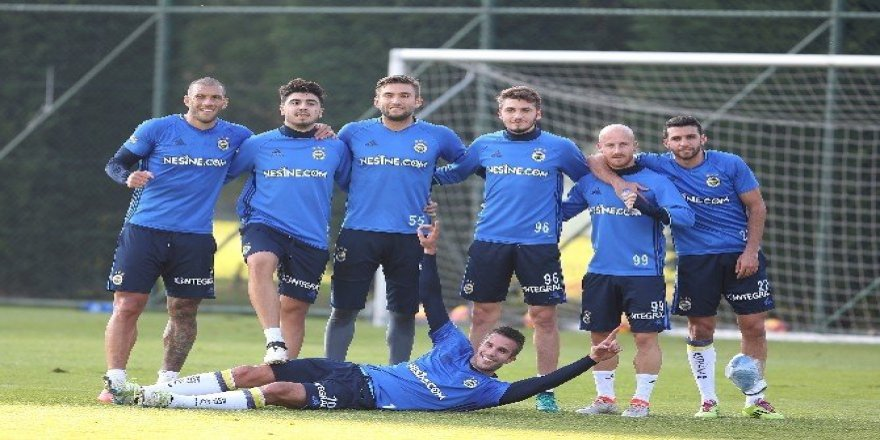 Fenerbahçe'de Çaykur Rize maçı hazırlıkları başladı