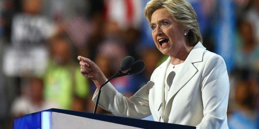 Clinton kritik eyaletlerdeki oyların yeniden sayımı için atağa geçti