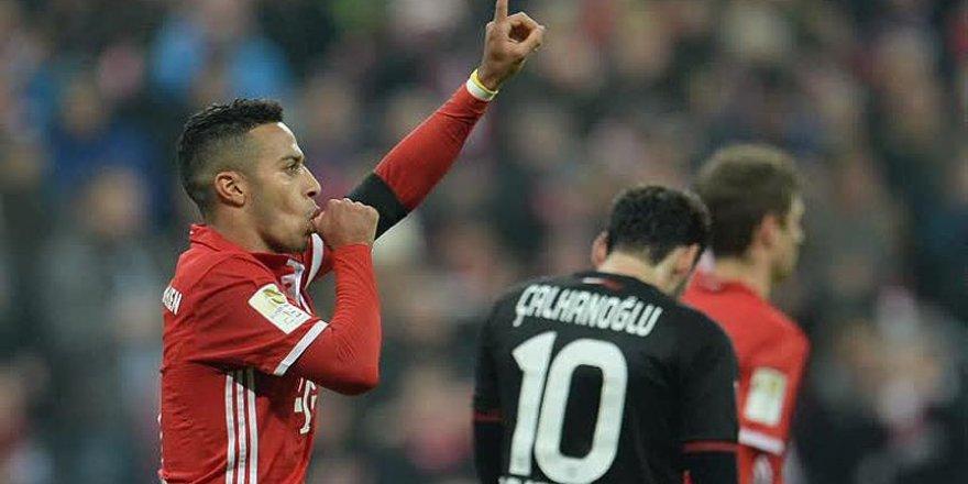 Leverkusen'e Hakan Çalhanoğlu'nun golü yetmedi
