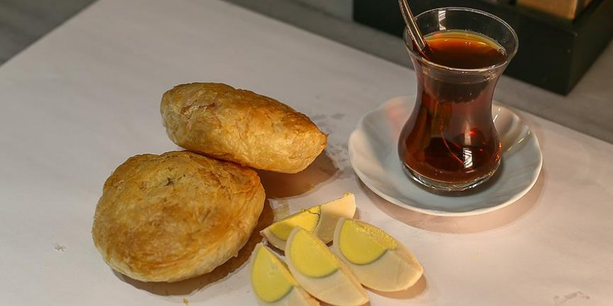İzmirlilerin 500 yıllık vazgeçilmez lezzeti 'boyoz'