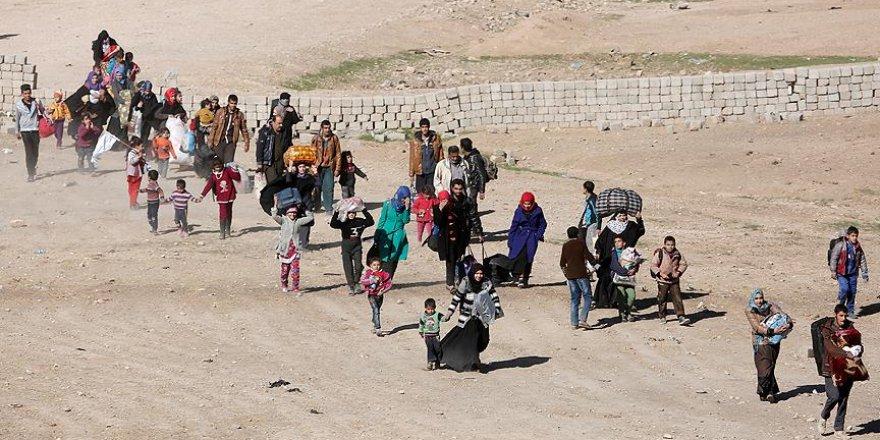 Musul'da 3 binden fazla sivil evlerini terk etti