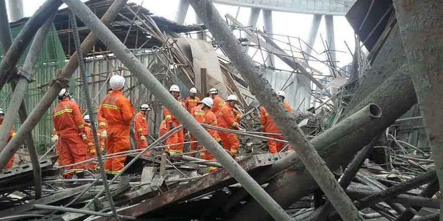 China detains 9 for accident in which 74 died