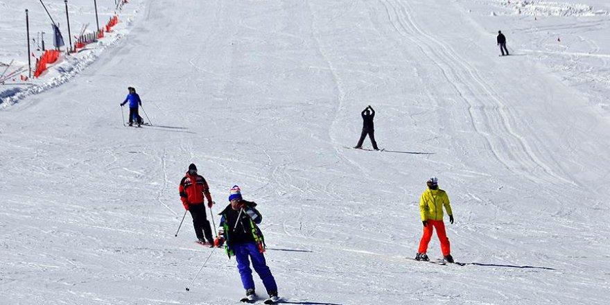 Kartalkaya'da kayak sezonu erken başlayacak