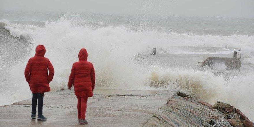 Meteorolojiden 'denizlerde fırtına' uyarısı