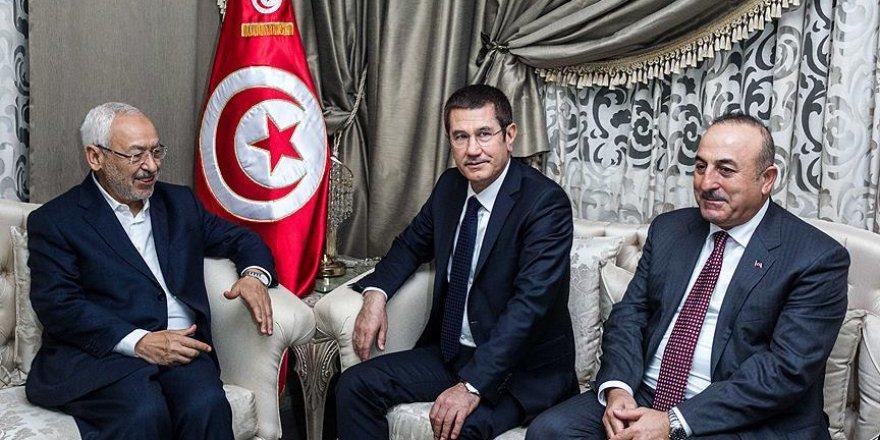 Canikli ve Çavuşoğlu Tunus'ta