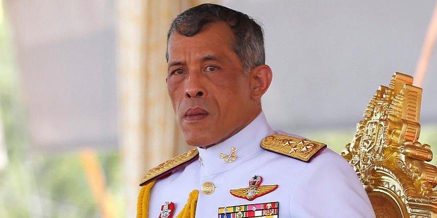 Tayland'da yeni kral göreve başladı