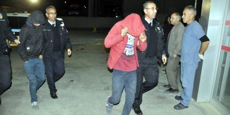 Çaldıkları otomobille gezerken yakalanan 4 genç tutuklandı