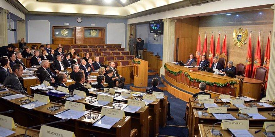 Karadağ'daki 'darbe iddiası' tartışılmaya devam ediyor