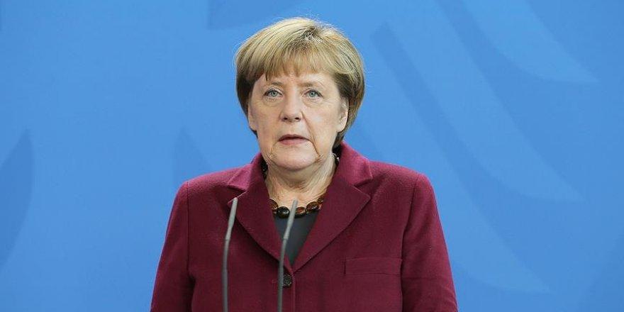Merkel'den AB'ye 'Türkiye' çağrısı