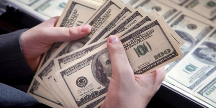 Dünya devinden şaşırtan dolar tahmini!