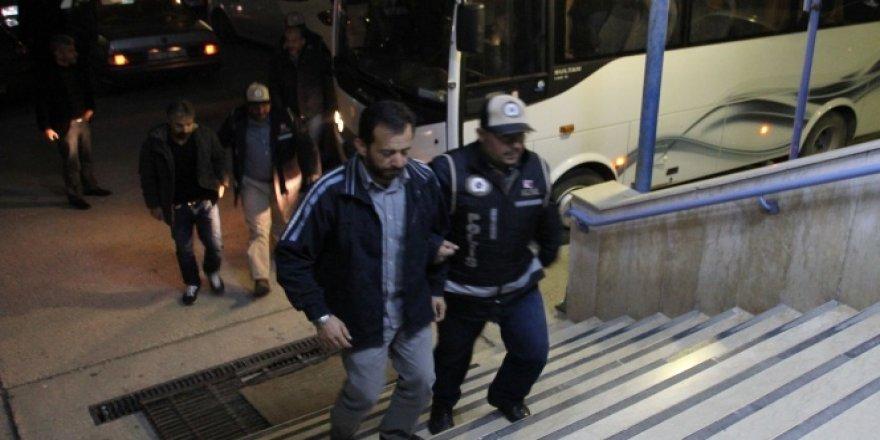 """Hatay'da """"ByLock"""" kullanan 26 polis tutuklandı"""