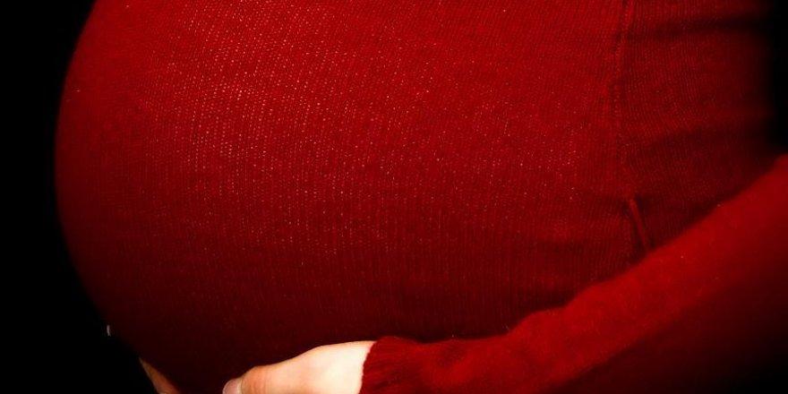 HIV anne karnında dahi hayat karartıyor