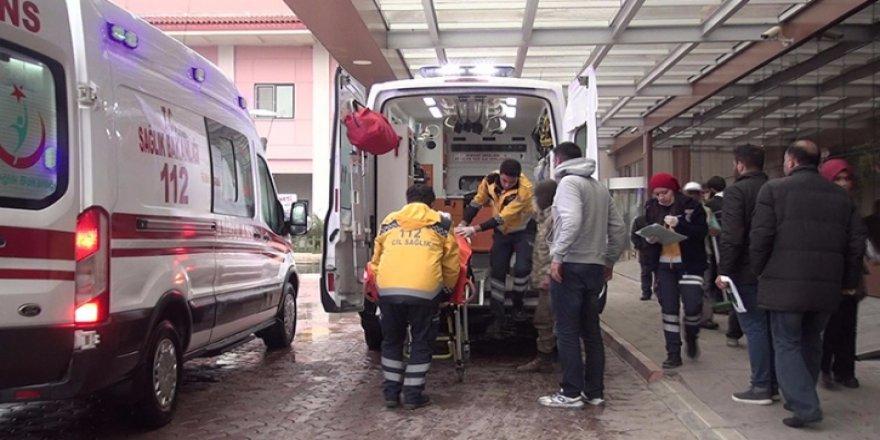 Fırat Kalkanı'nda yaralanan 5 asker Türkiye'ye getirildi