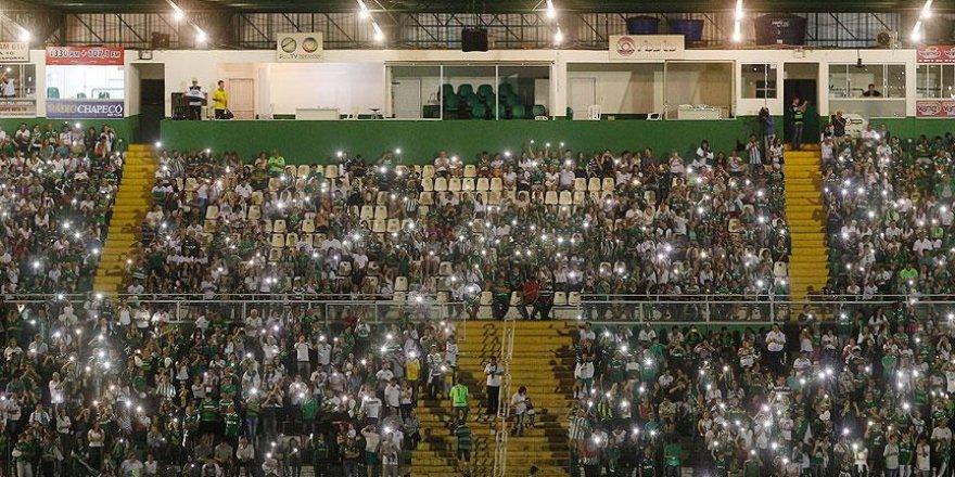 UEFA'dan Chapecoense için saygı duruşu kararı