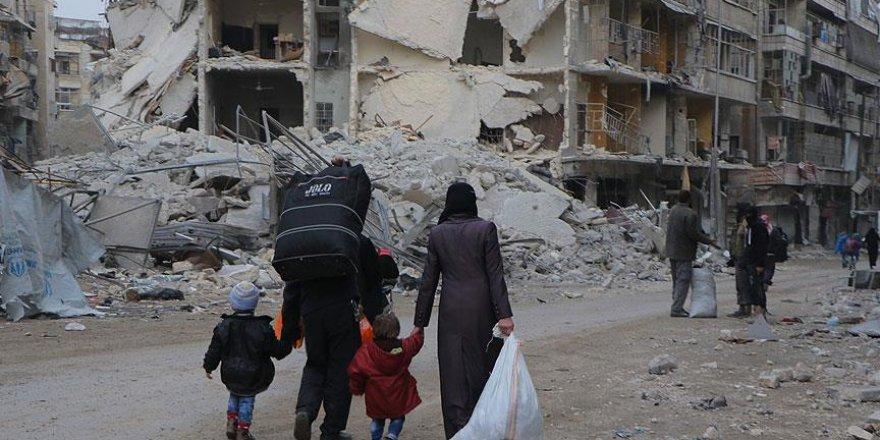 Halep'te 400 bin kişi yerinden edildi