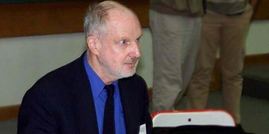 Eski CIA şefi Fuller'in Gülen'e desteği iddianamede