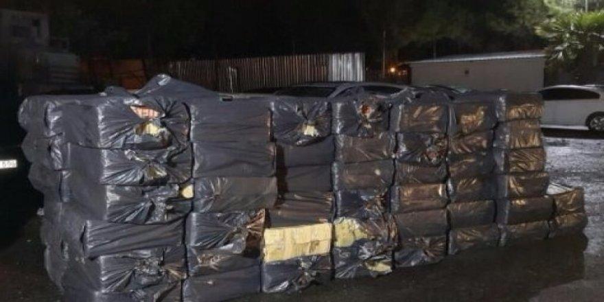 115 bin 500 paket kaçak sigara yakalandı