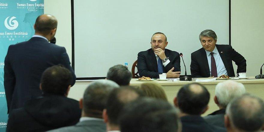 Çavuşoğlu, Beyrut'ta Türk vatandaşları ve Türkmenler ile bir araya geldi