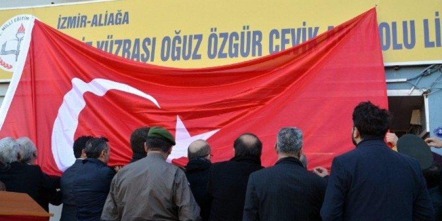 Şehit Yüzbaşı Oğuz Özgür Çevik'in ismi Aliağa'da okula verildi