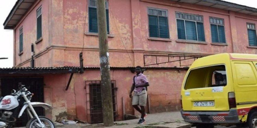 Türkler Gana'da sahte ABD Büyükelçiliği açmış