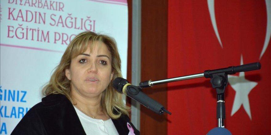 Bakan Soylu'nun eşi, Diyarbakırlı kadınlarla bir araya geldi