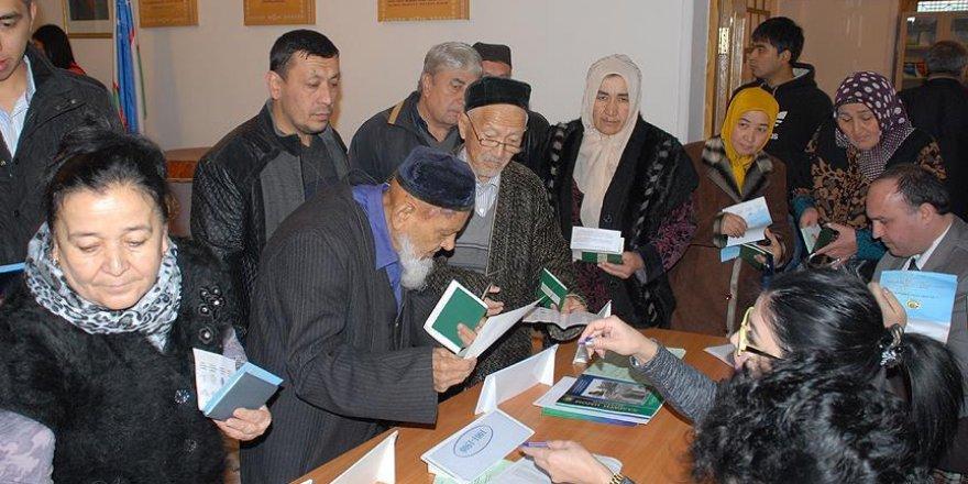 Özbekistan cumhurbaşkanı seçimi için sandık başında