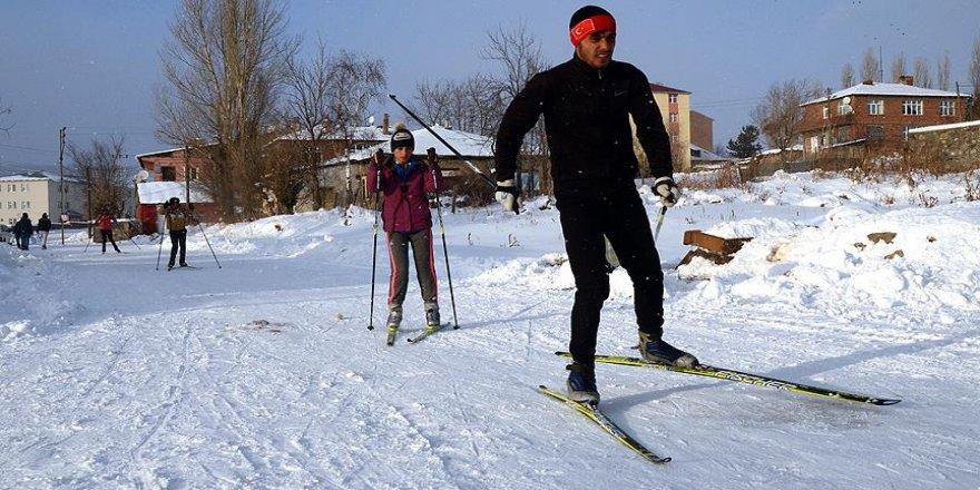 Caddelerde kayak keyfi