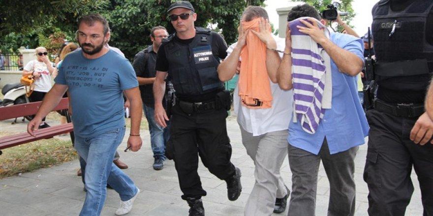 Yunanistan'dan darbecilerle ilgili skandal karar