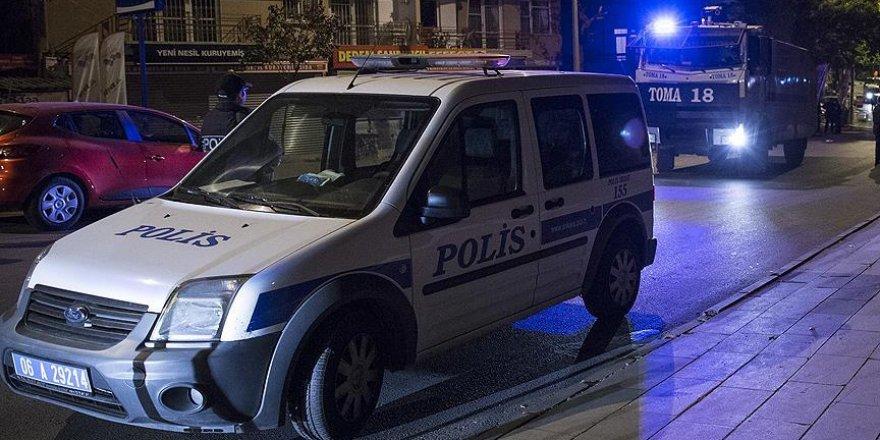 Polis ekibine saldıran iki terörist yakalandı