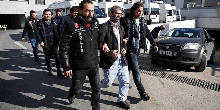 FETÖ'nün akademik yapılanma soruşturmasında 14 tutuklama