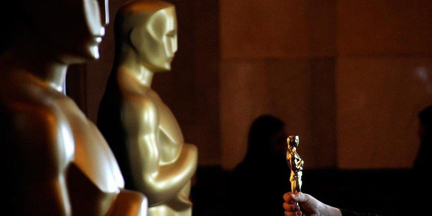 Oscar ödül törenini komedyen Kimmel sunacak