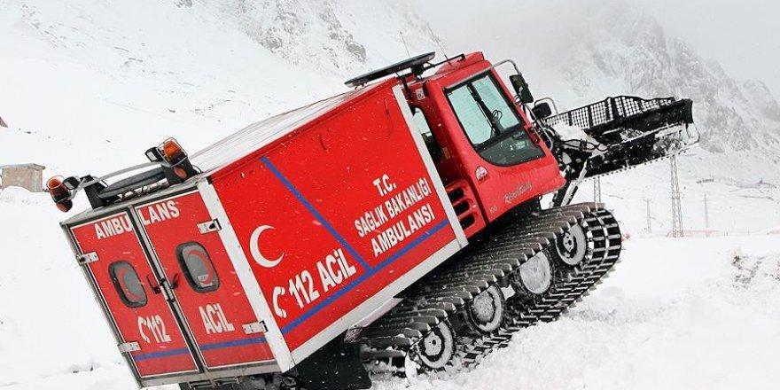 Sağlık ekiplerinin 'kar tatbikatı' gerçeği aratmadı