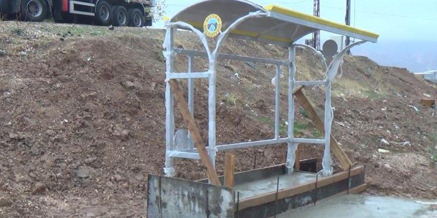 Silvan Belediyesi yeni duraklar yaptı
