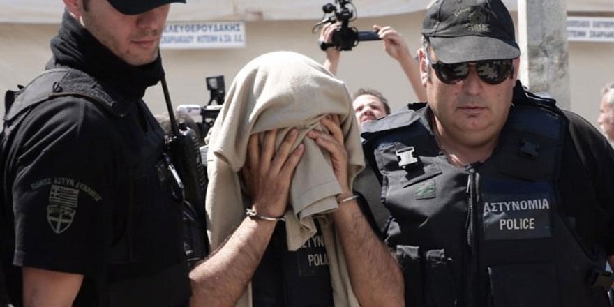 Yunanistan 3 darbeci askeri iade edecek!