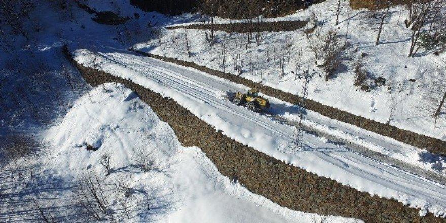 Trabzon'da karla mücadele çalışmaları