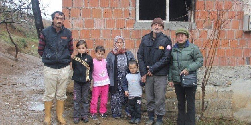 Evi yanan aileye yardım