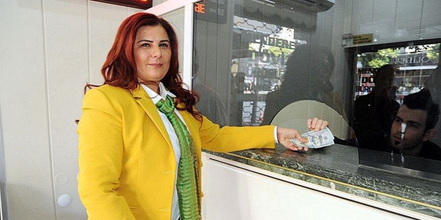 CHP'li Belediye Başkanı Çerçioğlu'ndan Türk lirasına destek